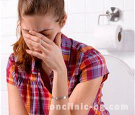 Защо не се препоръчва да влизате в тоалетната с вестник?